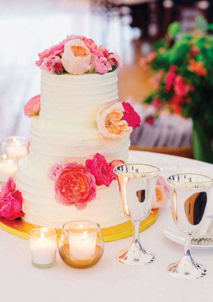 nantucket-island-ack-visit-travel-Post-Wedding-wedding-cakes-Zofia-Co-03-682x1024