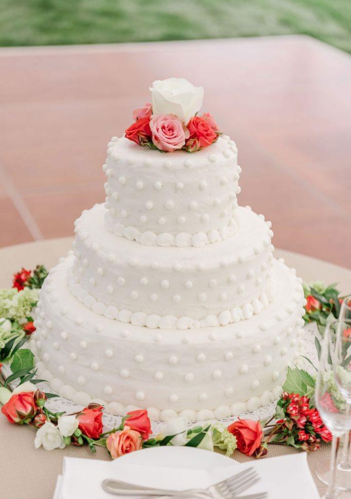 nantucket-island-ack-visit-travel-Post-Wedding-wedding-cakes-Zofia-Co-10-683x1024