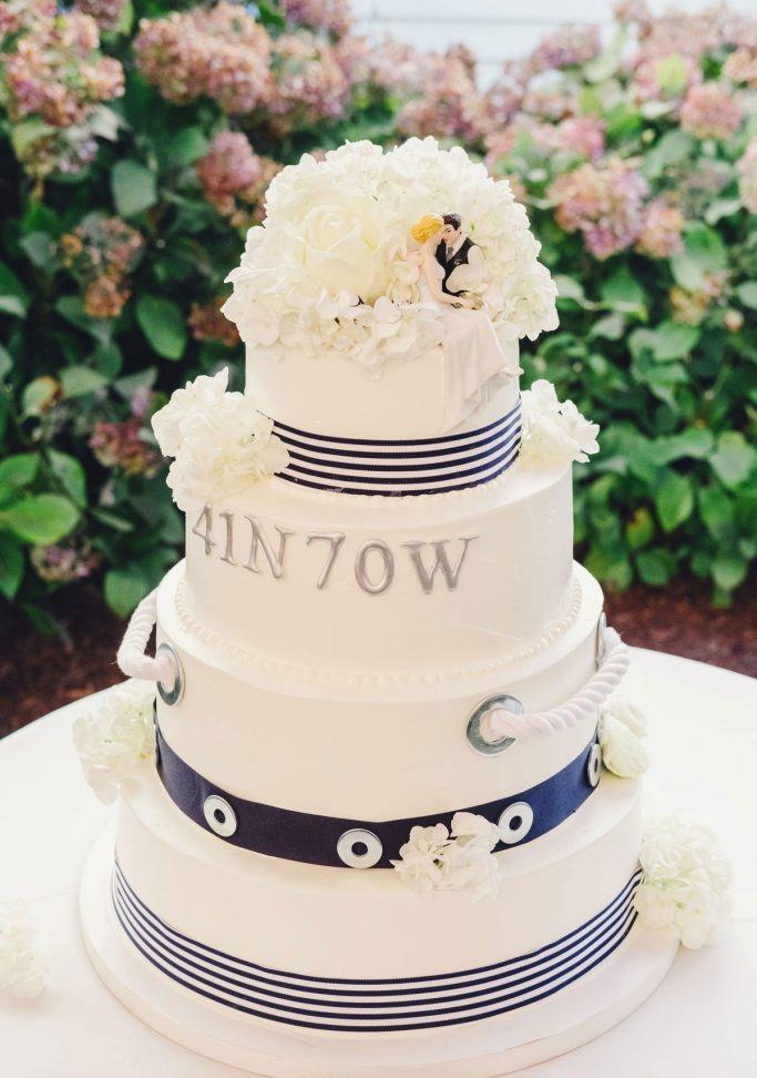nantucket-island-ack-visit-travel-Post-Wedding-wedding-cakes-Zofia-Co-11-683x1024