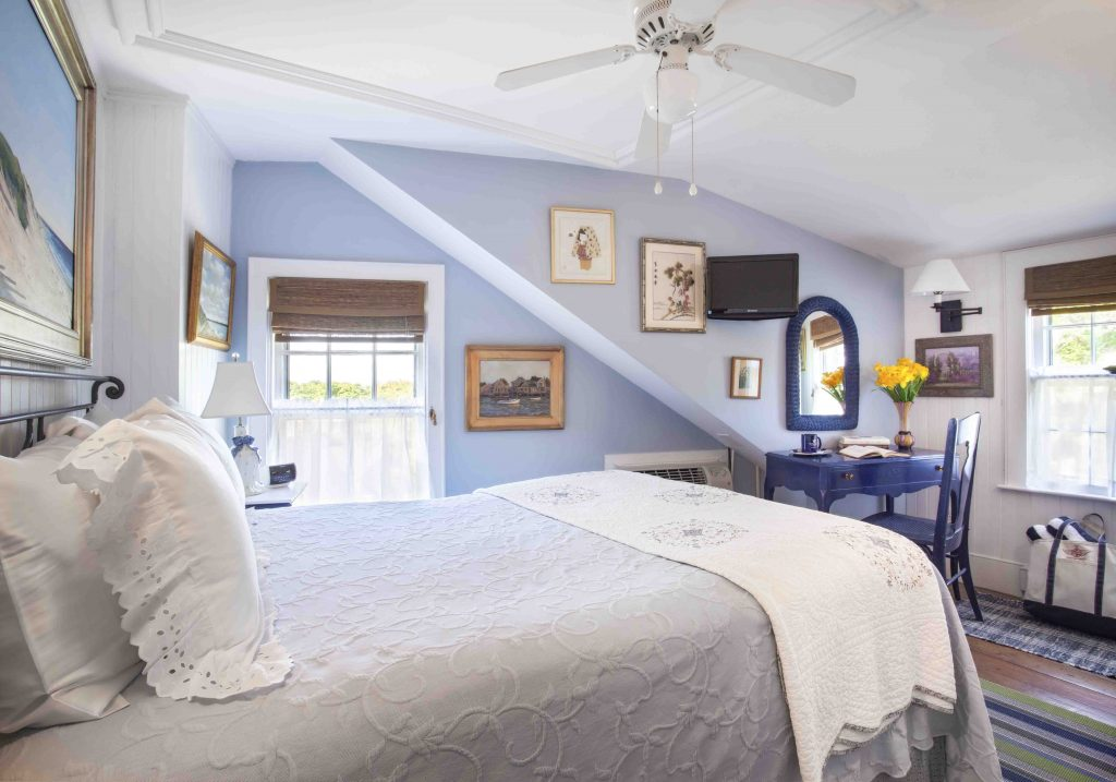 century house nantucket island accomodations rich people only