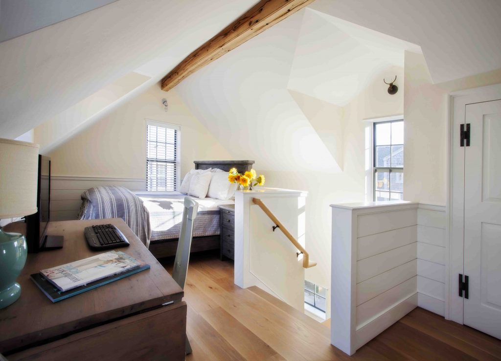 nantucket upstairs bedroom