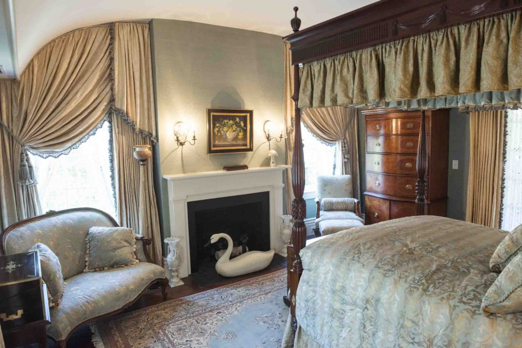 new england nantucket bed room
