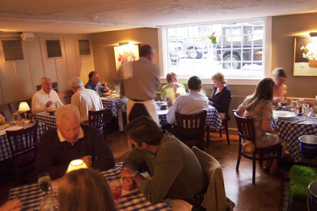 popular french bistro nantucket