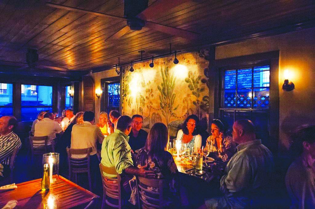 american seasons nantucket dining room