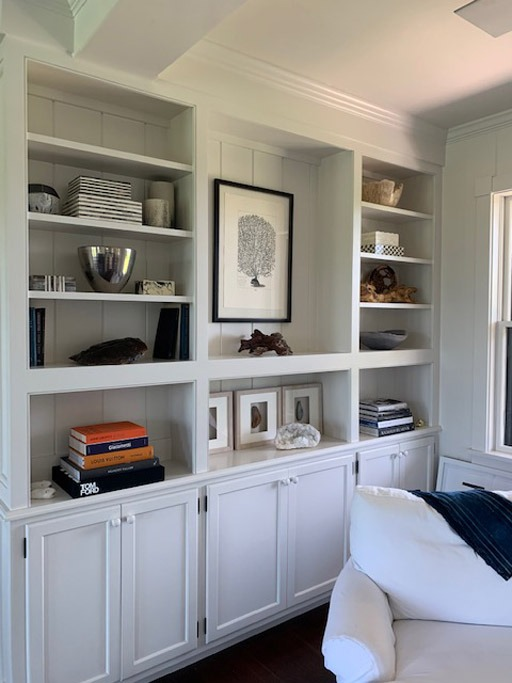 interior designer at coast home on nantucket