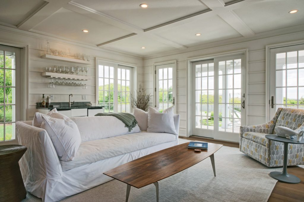 emeritus and sterk nantucket home family room