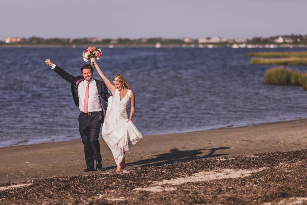 nantucket beach wedding photos